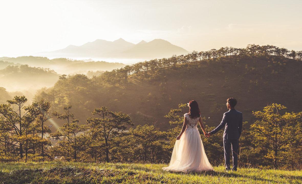 Czy należy postąpić, gdy w małżeństwie, próbują uczestniczyć nieodpowiednie osoby? Co robić gdy ludzie próbują wtrącać się w nasze życie? Jak rozwiązywać małżeńskie konflikty we własnym domu!