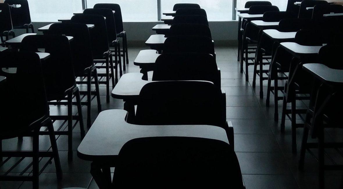 Czy warto przykładać się do nauki? Jak wygląda życie po szkole? Co jest najważniejsze w nauce? Dlaczego powinno się skończyć szkołę z egzaminami i maturą!