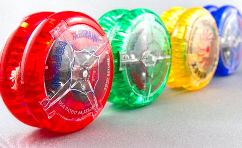 Czym bawiliśmy się w dzieciństwie? Które zabawki sprzed lat stały się kultowe? Sprawdź, czy pamiętasz te zabawki i gadżety sprzed 20 lat!