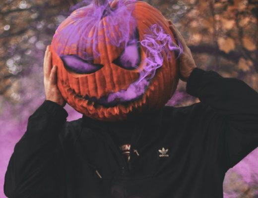 Playlista z utworami na Halloween? Szukasz muzyki na imprezę halloweenową? Sprawdź moją składankę: Muzyka na Halloween!